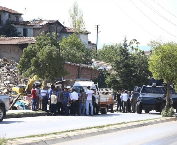 Ankara'da Gecekondu Yıkım Ekibine Ateş Açıldı