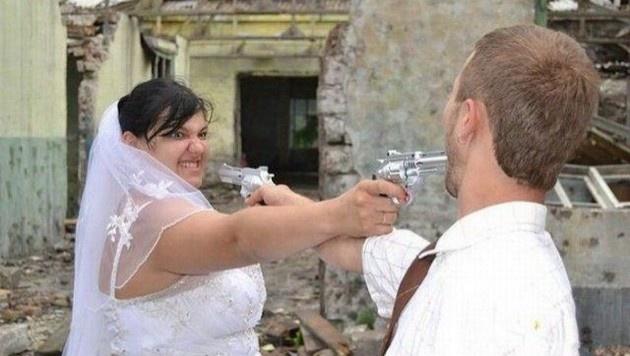 Asla ilham almamanız gereken 10 feci düğün fotosu