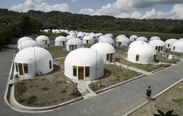 İnsan yaratıcılığının ve marifetinin kanıtı niteliğinde dünyanın en ilginç mimarisine sahip 17 ev