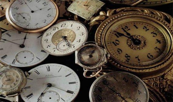 16 Mart 2016 Resmi Gazete'de Saatlerin İleri Alınması