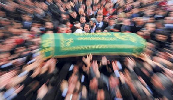 Ankara'da Ki Patlamada Hayatlarını Kaybedenler Toprağa Verildi