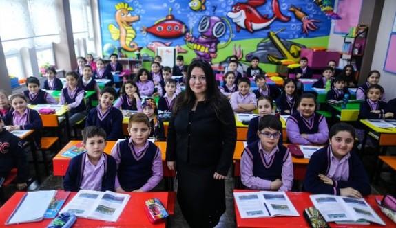 O Öğretmen Sayesinde Öğrenciler Mutlu