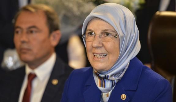 Bakan Ramazanoğlu ve Sare Davutoğlu Şehit Aileleri İle Buluştu