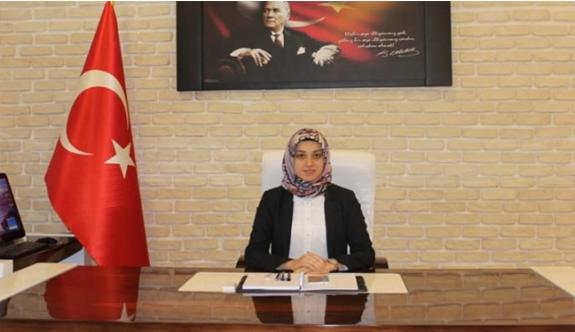 Türkiye'nin İlk Başörtülü Kaymakamı Neslihan Kısa