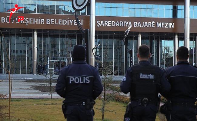 Van Büyükşehir Belediyesinde 190 Kişi Görevden Alındı