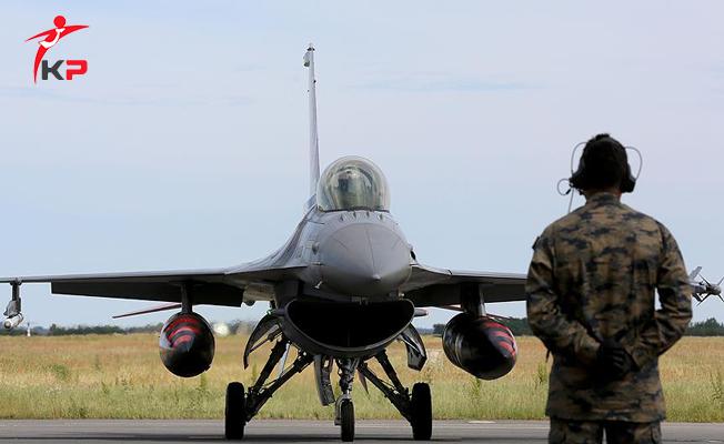 Kuvvet Komutanlıklarına 24 Bin Sözleşmeli Er ve Uzman Erbaş Alımı Yapılıyor ! FETÖ'nün TSK'daki İzleri Siliniyor