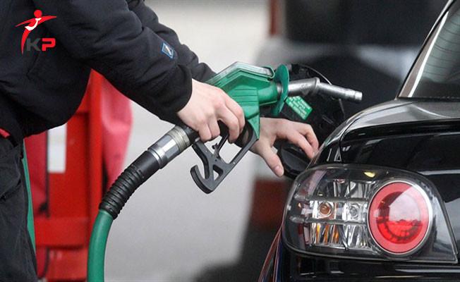 Benzin Fiyatlarına Bir İndirim Daha Yapıldı