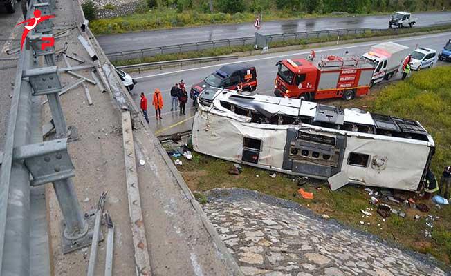 Çorum'da Yolcu Otobüsü Kazası ! Çok Sayıda Yaralı Var
