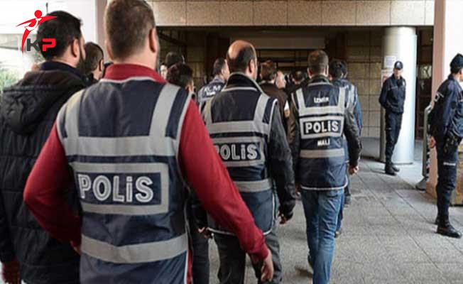 Bursa'da 17 Eski Öğretmen Gözaltına Alındı