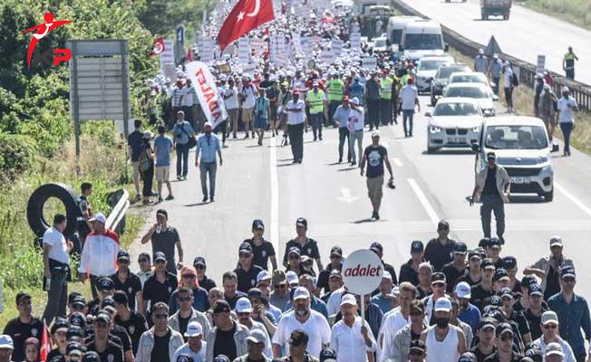 adalet yürüyüşüne saldırı ile ilgili görsel sonucu