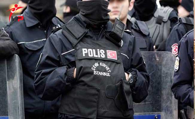 EGM Açığa Alınan 700 Polisi Göreve İade Etti !