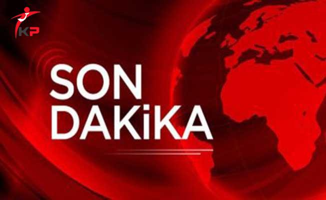 Flaş Haber ! İstanbul'da Yol Çöktü, Otomobil İçine Düştü