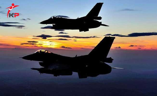 Flaş İddia! ABD Rakka'da PKK/PYD Mevzilerini Vurdu