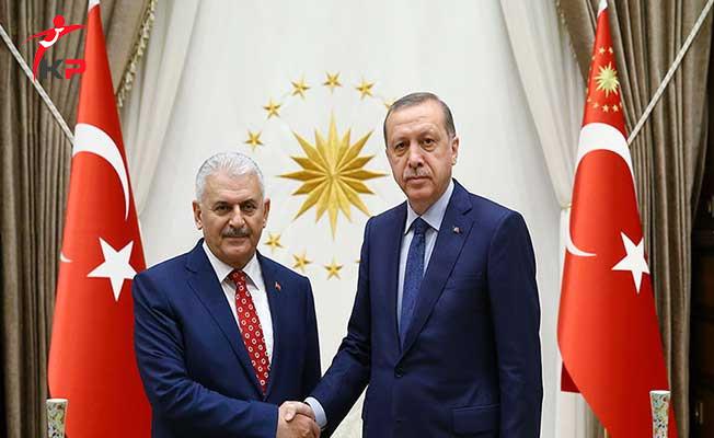YAŞ Öncesinde Cumhurbaşkanı Erdoğan ve Başbakan'dan Sürpriz Görüşme
