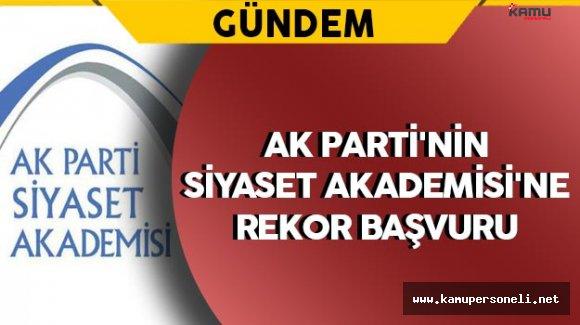 AK Parti'nin Siyaset Akademisi'ne Yoğun İlgi