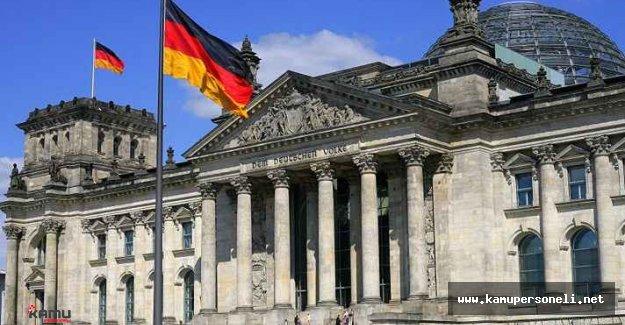 Alman Meclisinde Alınan Karar Hakkında Mehmet Bedri Gültekin Açıklama Yaptı