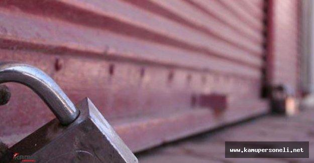 Antalya'da Esnaf Kötü Gidişi Protesto Etti Kepenk Kapattı