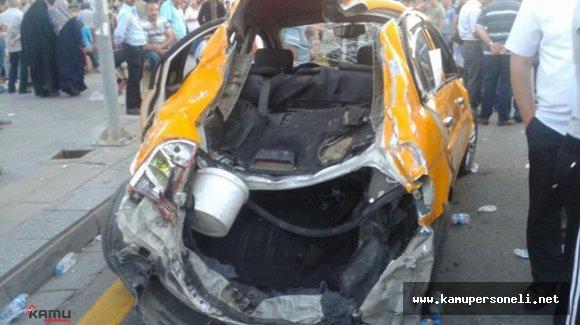 Aracını Tankın Önüne Süren Taksiciye Yeni Otomobil