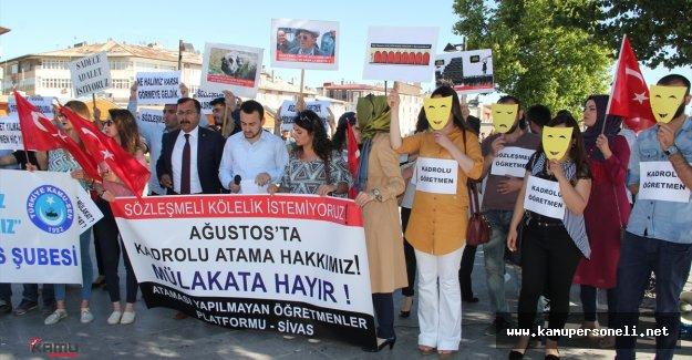 Atanamayan Öğretmenlerden Protesto
