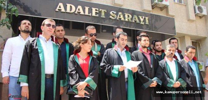 Avukatlar'dan Darbe Girişimine Tepki Gösterildi