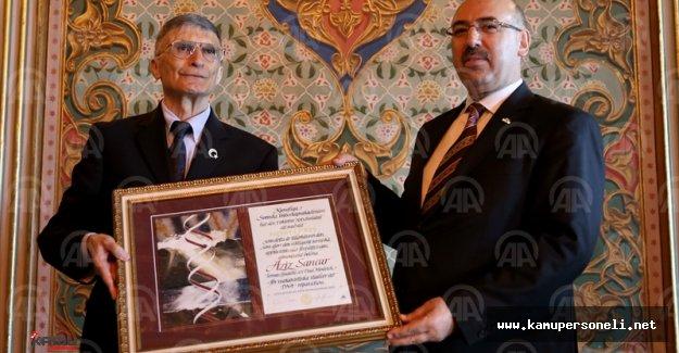 Aziz Sancar Nobel Ödülünü İstanbul Üniversitesi'ne Bağışladı