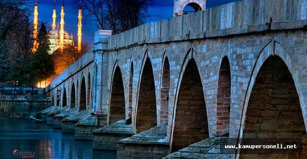 Balkanlarda İslam: Miadı Dolmayan Umut Kitabı