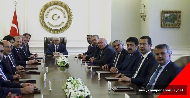 Başbakan Binali Yıldırım Memur-Sen Genel Başkanı ve Heyetini Kabul Etti