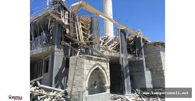 Cami İnşaatı Çöktü 1 Kişi Öldü, 4 İşçi Yaralandı