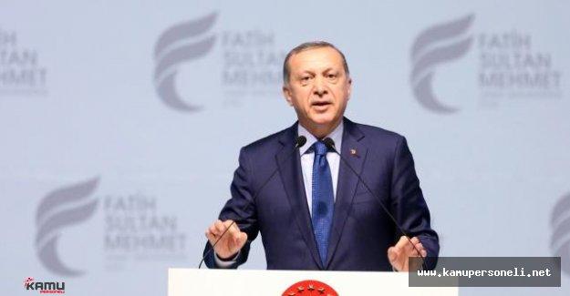 Erdoğan Vakıf Üniversitesi Mezuniyet Törenine Katıldı