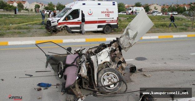 Erzincan'da Korkunç Trafik Kazası : 3 Ölü , 8 Yaralı