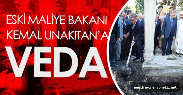 Eski Maliye Bakanı Kemal Unakıtan Defnedildi