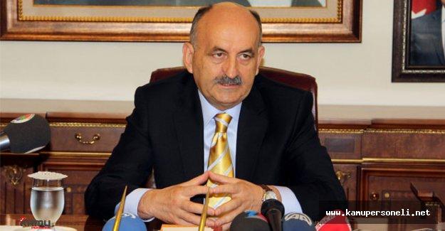 Eski Sağlık Bakanı Müezzinoğlu Görevi Selçuk Özdağ'dan Devraldı