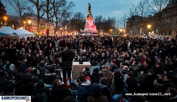 Fransa'da çalışma yasası protesto edildi