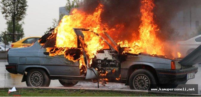 Gaziantep'te Bir Otomobil Patlayarak Alev Aldı