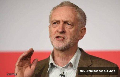 İngiltere'de İşçi Partisi'nin lideri Corbyn Zorda Durumda
