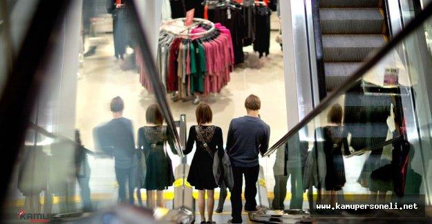 İngiltere'de Tüketici Güveni Dibe Vurdu