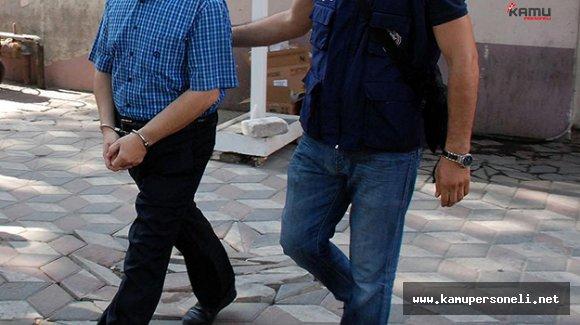 İzmir'de FETÖ'cü 40 Emniyet Mensubu Tutuklandı