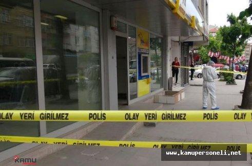 İzmir'in Bornova İlçesinde PTT Soyuldu