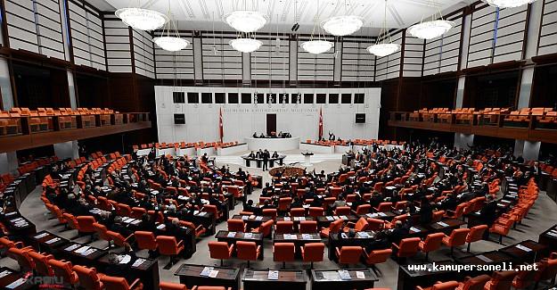 Kavgalara sahne olan 'dokunulmazlık' teklifi, Komisyonda kabul edildi