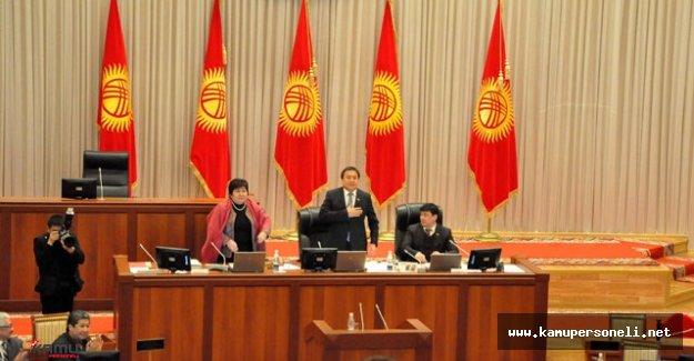 Kırgızistan Hükümet Yapısında Değişiklik Yapılacak
