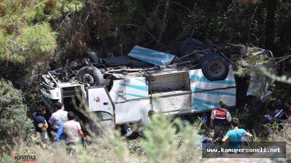 Mersin'de Tarım İşçilerini Taşıyan Minibüs Uçuruma Devrildi ( 17 yaralı)