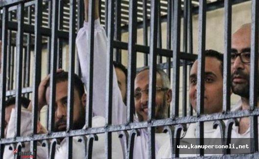 Mısır'da Ki Gazeteciler Hakkında İdam Kararı Tepkileri Artıyor
