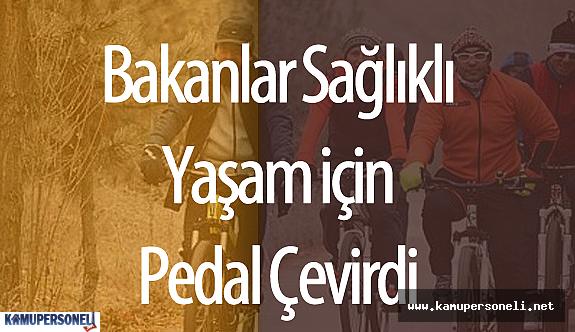 Sağlık Bakanı ve Ticaret Bakanı Sağlıklı Yaşam için Birlikte Bisiklet Sürdü