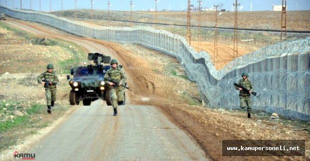 Sınırlarımızdan Kaçak Yollar İle Geçmeye Çalışan 974 Kişi Yakalandı