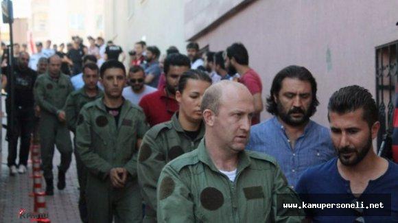 Son Dakika: Gözaltına Alınan 39 Asker Kayseri'ye Getirildi