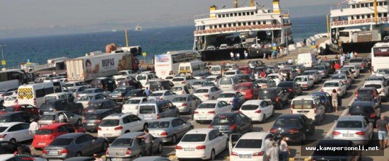 Tatilcilerin Bayram Dönüşü Çileye Döndü ( İki Kilometrelik Dönüş Trafiği)