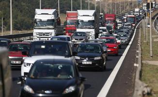 Türkiye'de Her Bin Kişiye 150 Otomobil Düşüyor