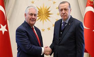 Cumhurbaşkanı Erdoğan Tillerson İle Terörle Mücadeleyi Görüştü