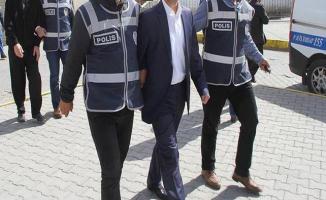 Mersin'de FETÖ Operasyonu: İhraç Edilen Öğretmen ve Avukatlarında