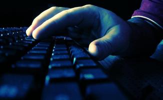 Sosyal Medyada Terör Yanlısı Paylaşım Yapan Kişiye Hapis Cezası Verildi